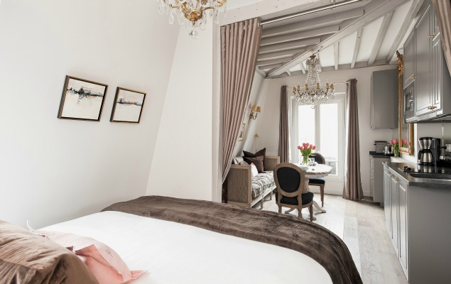 The Perfect Stay in Paris