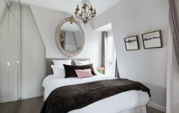 Cremant-de-Bourgogne-Paris-Studio-Queen-Bed
