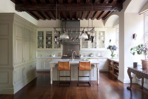 British Bespoke Kitchens :: The Best of Timeless Design