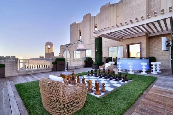 Staycation:: How Your Home Can Be A Luxury Summer Vacation