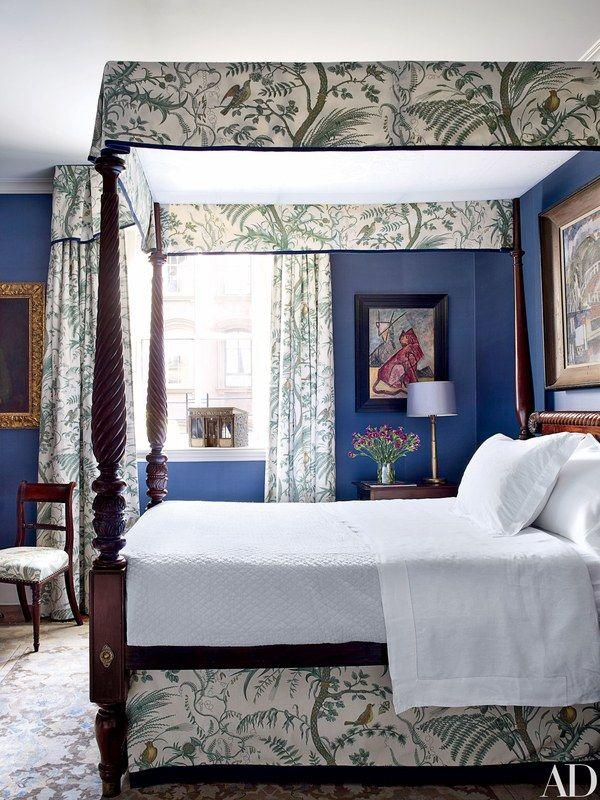 Robert Duffy's Historic Townhouse/ Designer-Richard McGeehan #canopybeds #bluebedrooms #historicalhomes #traditionaldesign
